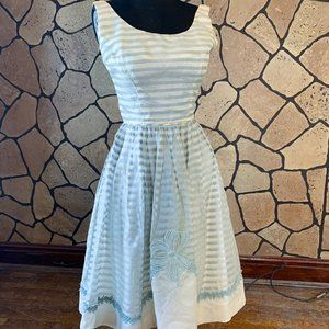 "Rare vintage ""New Look"" 1950s semi-formal dress"
